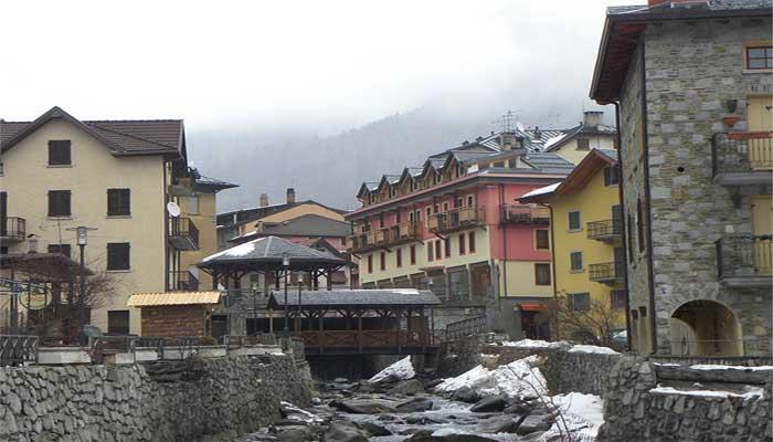 Ponte Di Legno Ufficio Turismo : Comune di ponte di legno « hotel prodotti tipici e sport sul lago